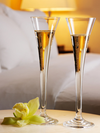 Photo of two champagne glasses