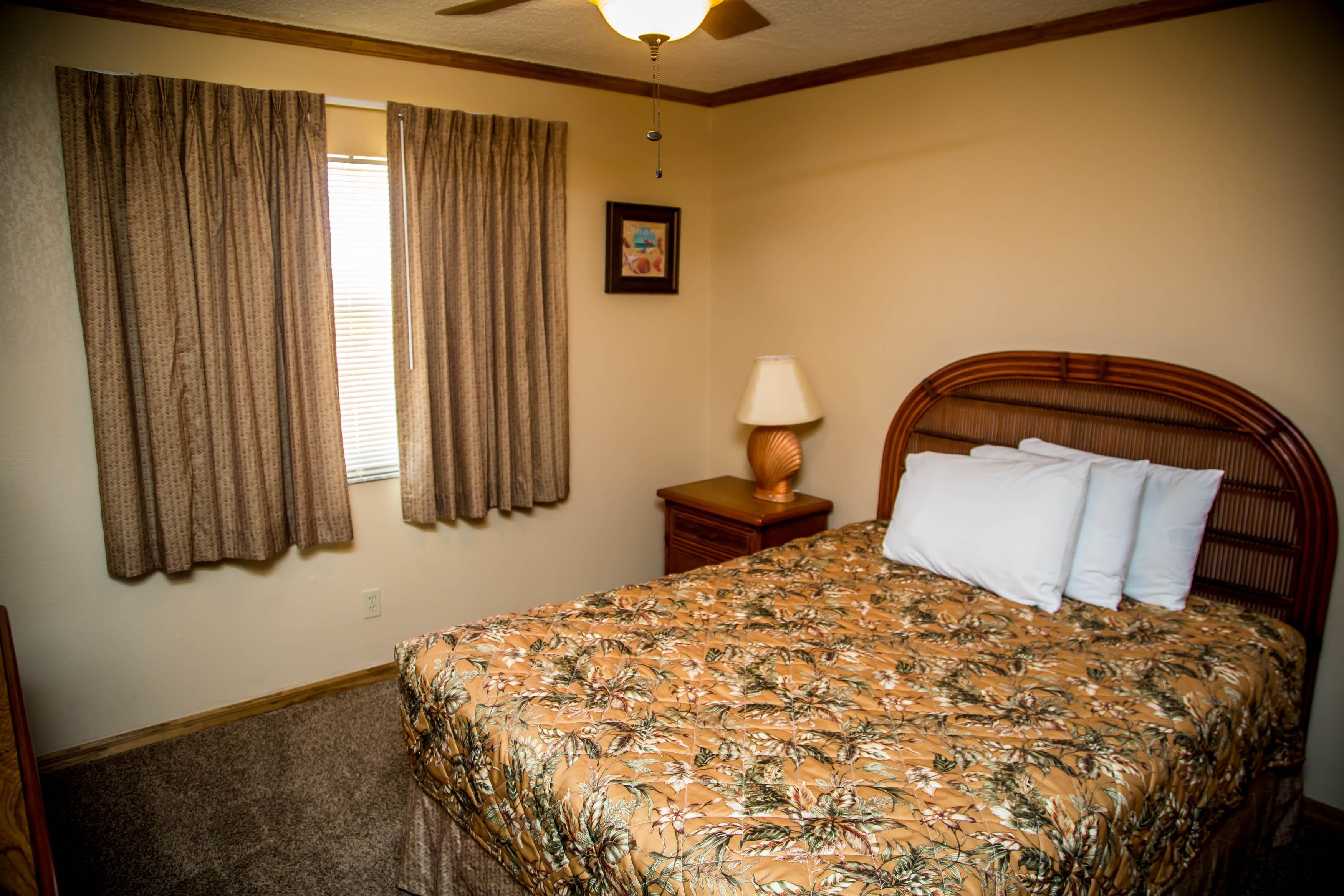 6-2nd-Bedroom-Oceanfront-in-Two-Bedroom-Oceanfront
